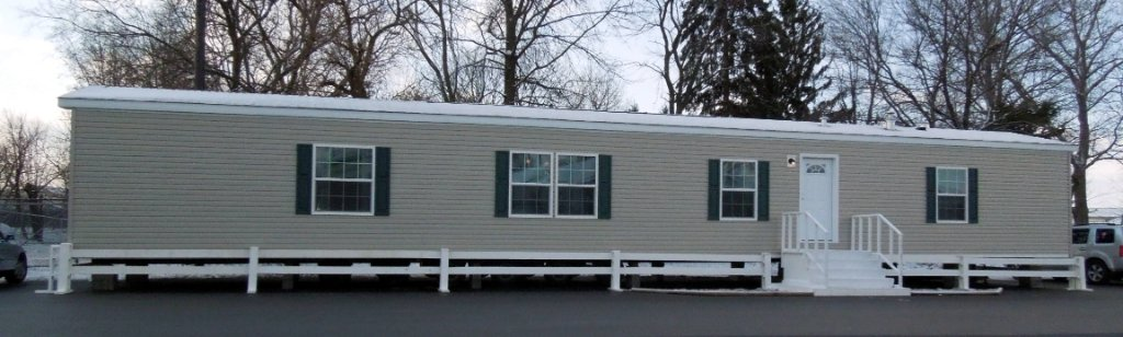 Chesapeake Single Section Homes 80S340-CL Featured Image
